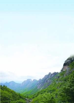 我看灵山更妩媚