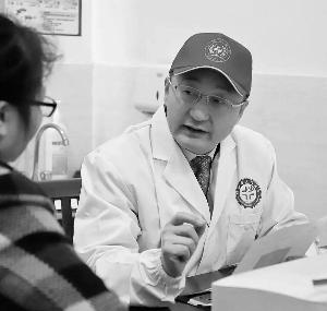 用精湛的技术服务家乡群众  在沪饶籍医疗专家团铅山义诊