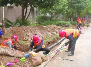饶城集中改造 79个老旧小区供水管网