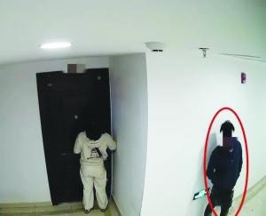 男子深夜尾随女子入室盗窃 民警排查将其抓获